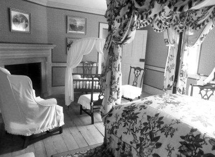 Presidential Crib Room B&W