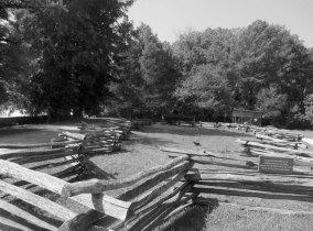 The Coloniel Plantation Farm B&W